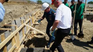 В Каякентском районе республики торжественно заложили капсулу в фундамент нового здания для поиcково-спасательного подразделения